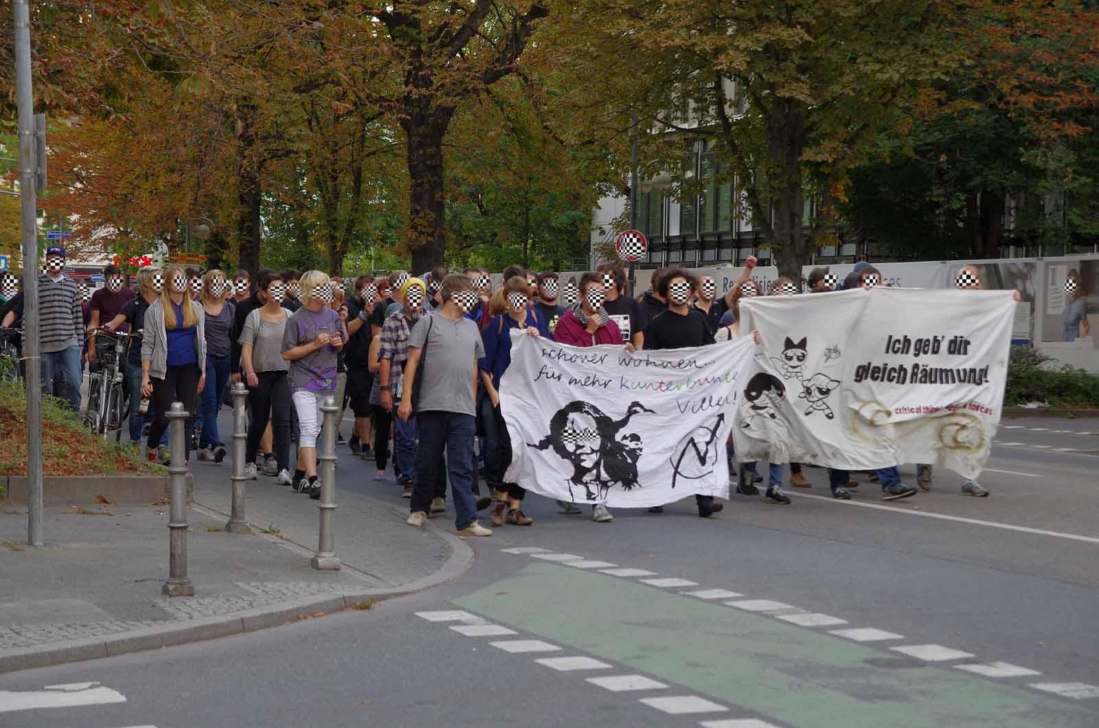 12-08-28_austrasse-7-solidemo-ffm_bockenheimer-landstrasse_web